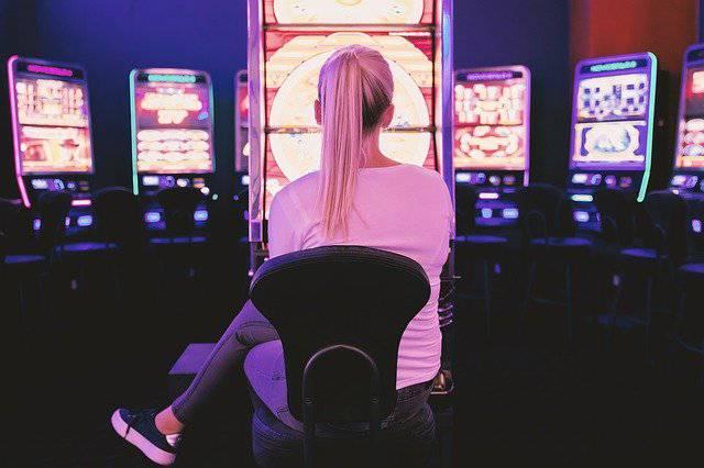 เกมสล็อต ที่ดีที่สุดต้องไม่แพงและรางวัลต้องออกบ่อยที่เล่นได้ทุกเพศทุกวัย